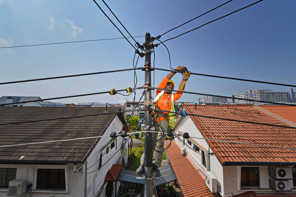 Electrical cable maintenance